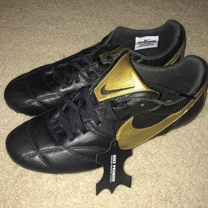 Nike premier II FG soccer cleats SZ 9 MENS